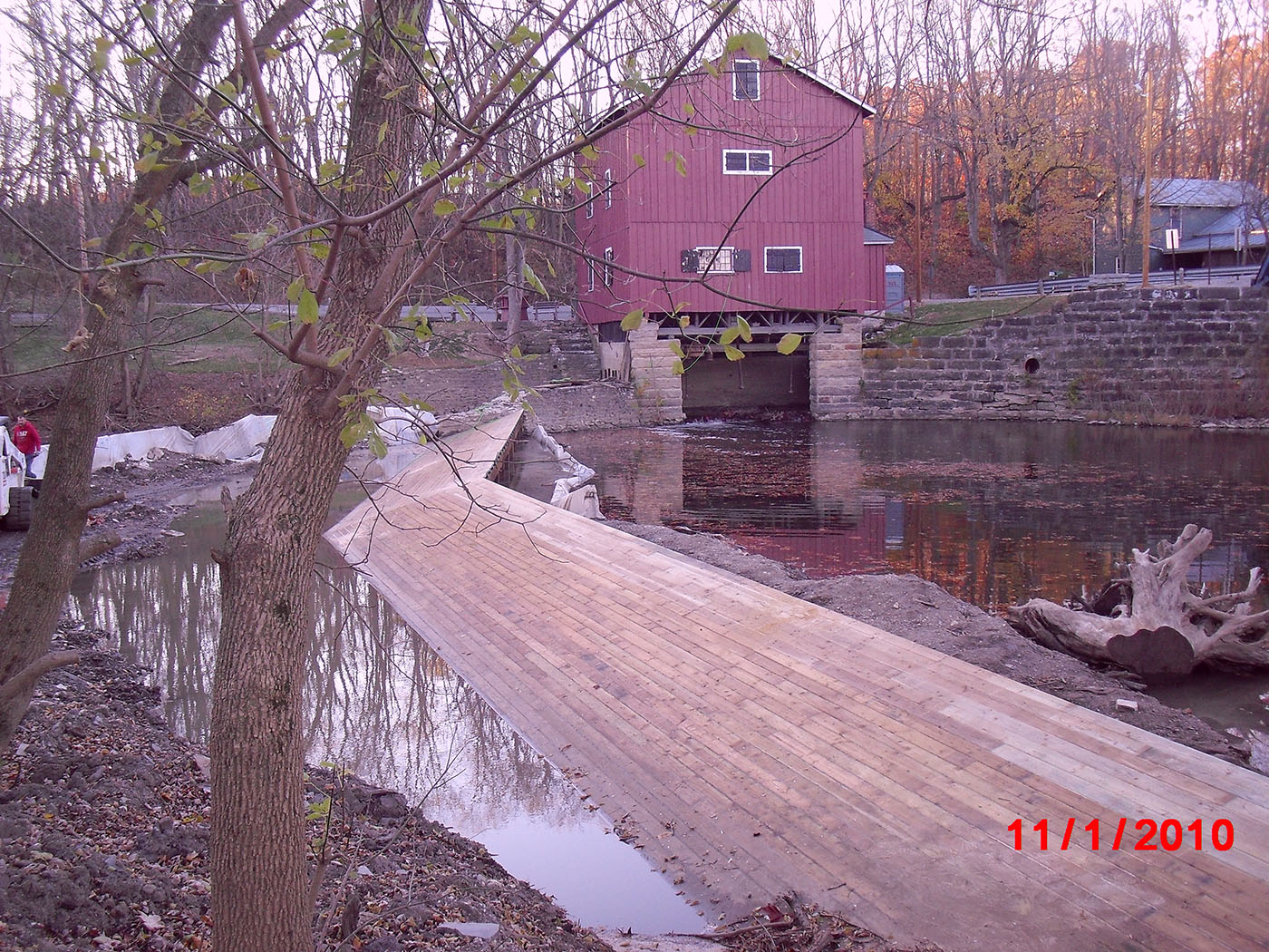 /img/Indian Mill Upper Sandusky Waterfall Construction 13.JPG