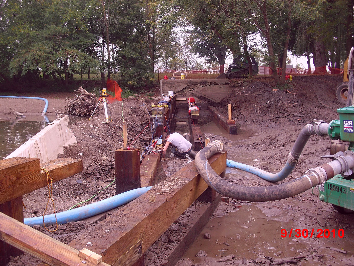 /img/Indian Mill Upper Sandusky Waterfall Construction 19.JPG