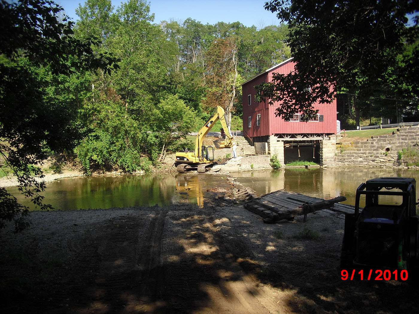 /img/Indian Mill Upper Sandusky Waterfall Construction 2.JPG