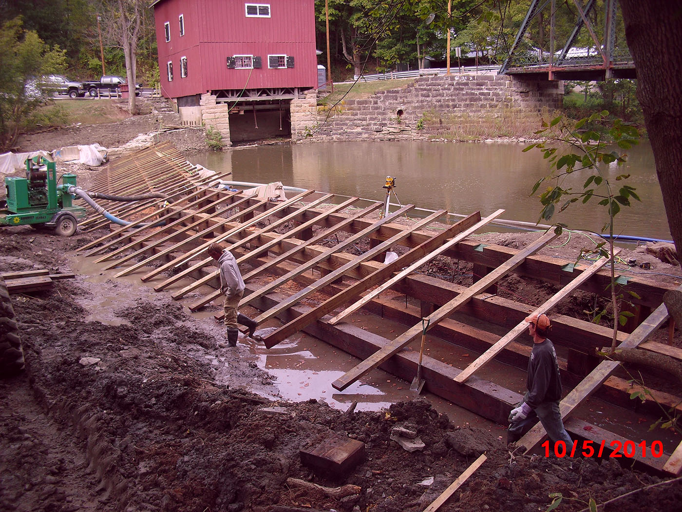 /img/Indian Mill Upper Sandusky Waterfall Construction 21.JPG