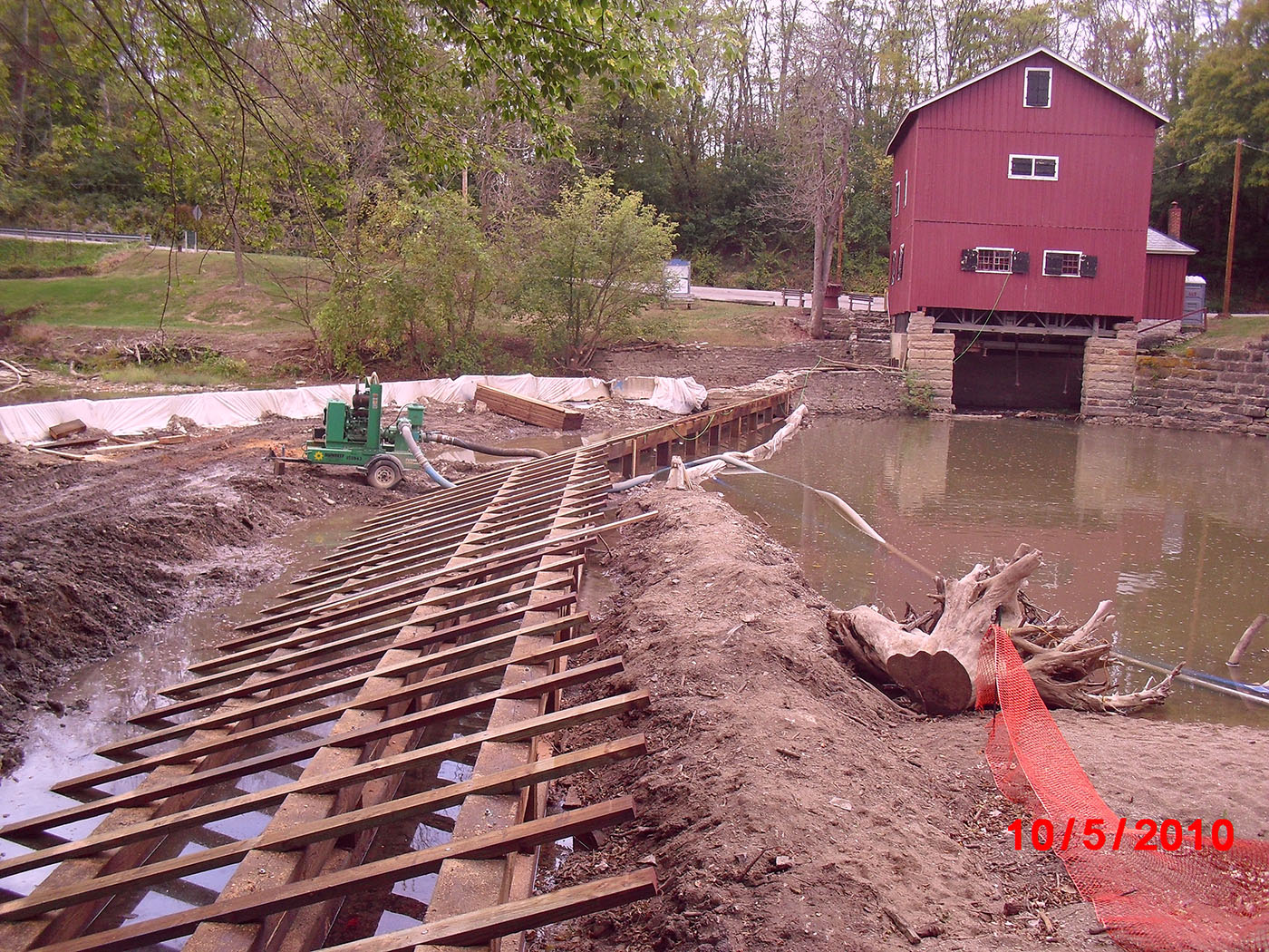 /img/Indian Mill Upper Sandusky Waterfall Construction 23.JPG