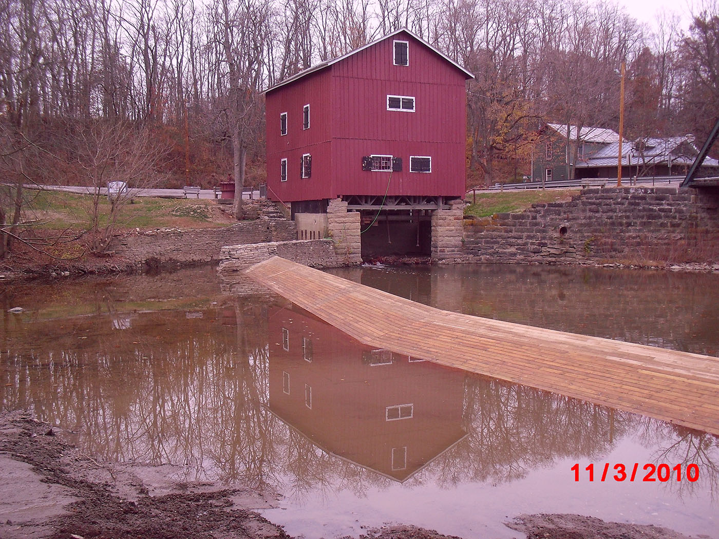 /img/Indian Mill Upper Sandusky Waterfall Construction 25.JPG