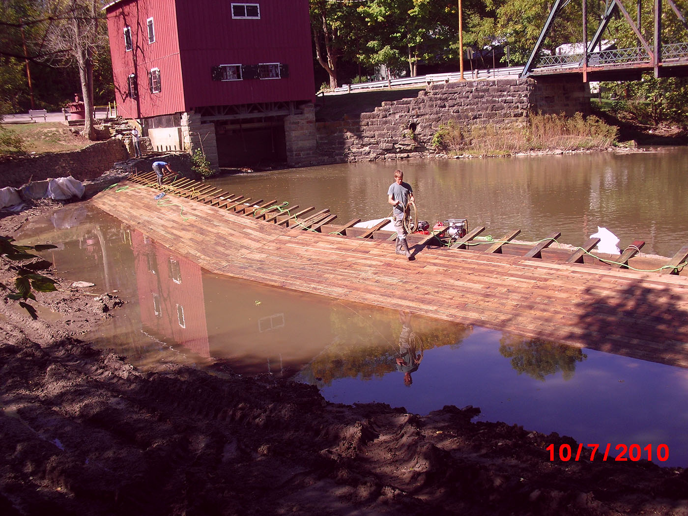 /img/Indian Mill Upper Sandusky Waterfall Construction 30.JPG